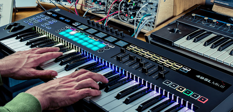Novation SL49 MKIII en SL62 MKIII keyboard controllers